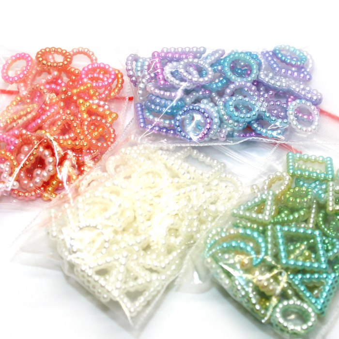 Pearly charms for slime